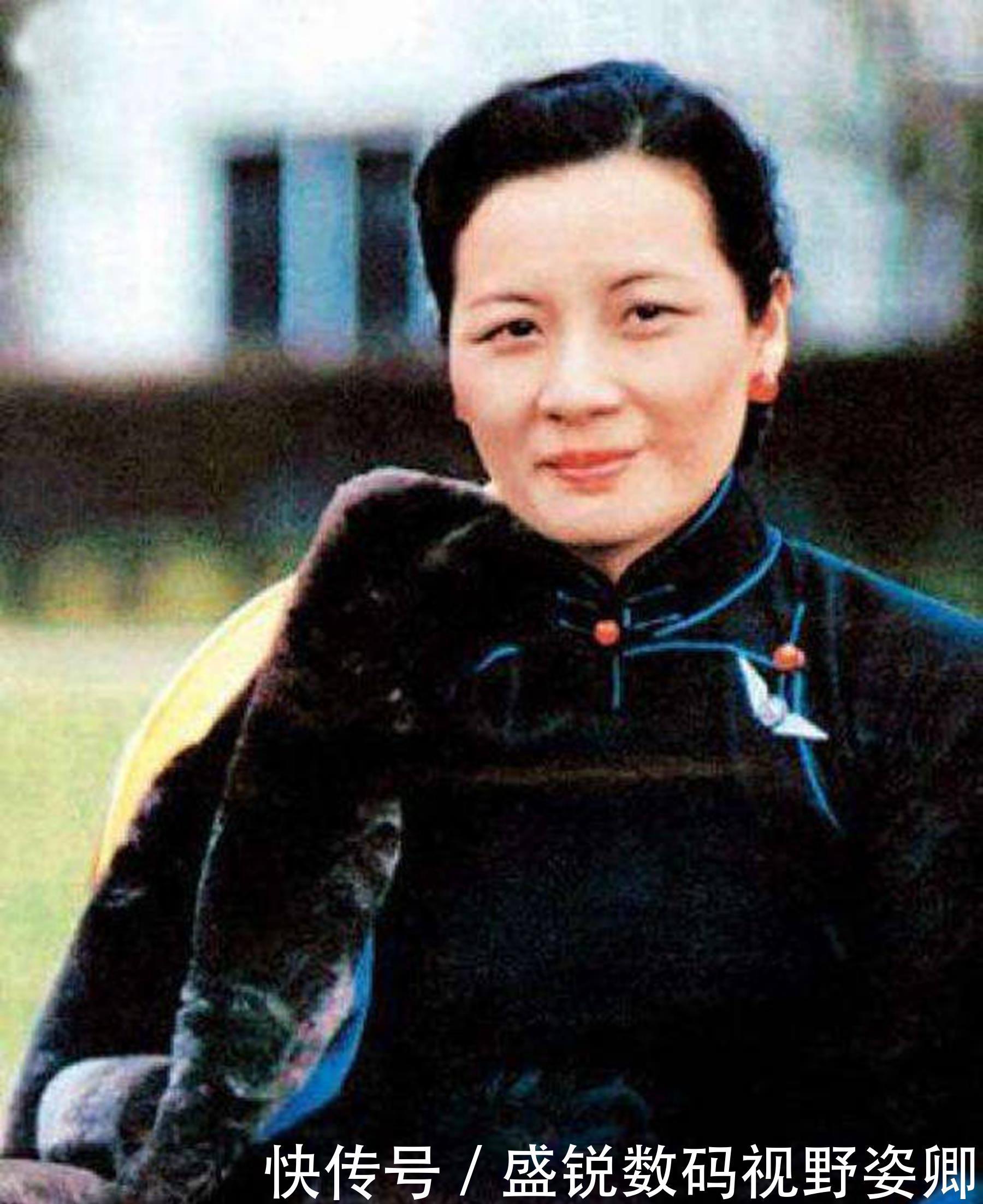 『宋庆龄』宋庆龄病重时,向蒋经国要一样东西,被拒绝后,她回了3个字
