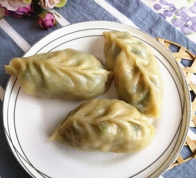 『营养』青菜鸡蛋豆腐蒸饺,皮薄馅大,早餐来一个营养就够了