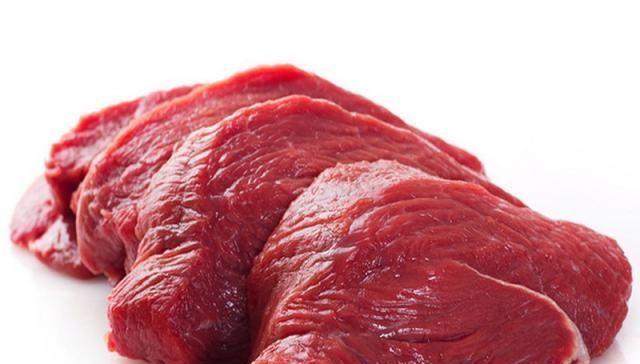 『吃光』煮牛肉好吃有诀窍,掌握一步骤,牛肉嫩滑美味,出锅汤汁都吃光
