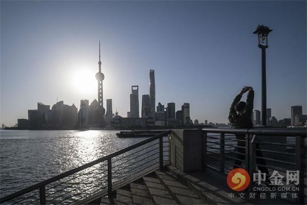 私募基金:贝莱德和路博迈向中国监管部门提交公募基金资格申请