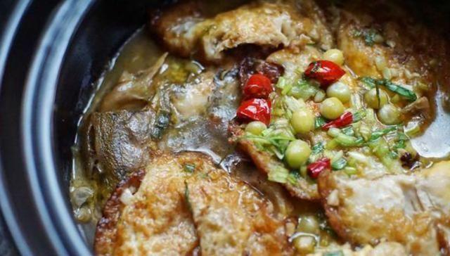 味道:黄辣丁肉质鲜美细嫩,鸡蛋炖鱼鲜香美味,酸菜焖鱼开胃又下饭