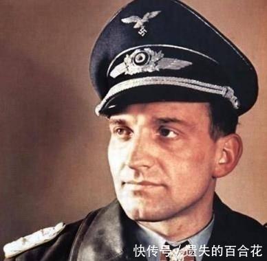 『鲁德尔被授予』这人是德军飞行员,一人摧毁苏军五百多辆坦克,地位比元帅还牛
