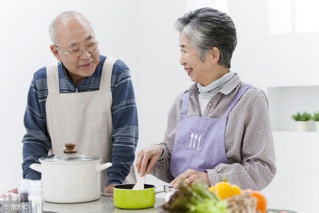 不论男女,过了55岁,若没这3种病,恭喜,你可能拥有长寿体质