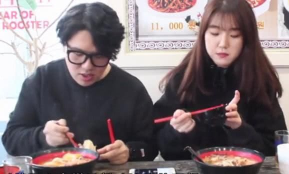 当国内的麻辣烫进军韩国以后,看韩国人吃了有