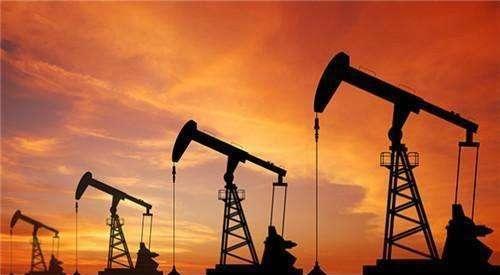 油价战中果然美国先眨眼