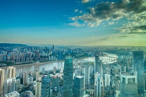 国庆重庆游客3859万人,明明比成都多1800万,为啥收入少100亿?