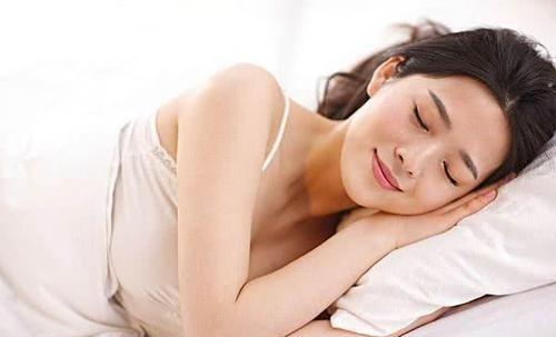 女人不想老太快,多吃3种食物,头发黑了子宫干净了,越吃越年轻