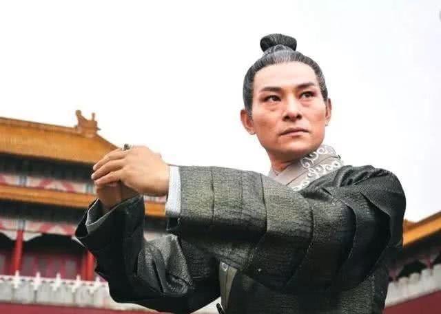 """刘德华替身十年磨剑,如今终成""""双料影帝"""",还娶华仔前任成"""