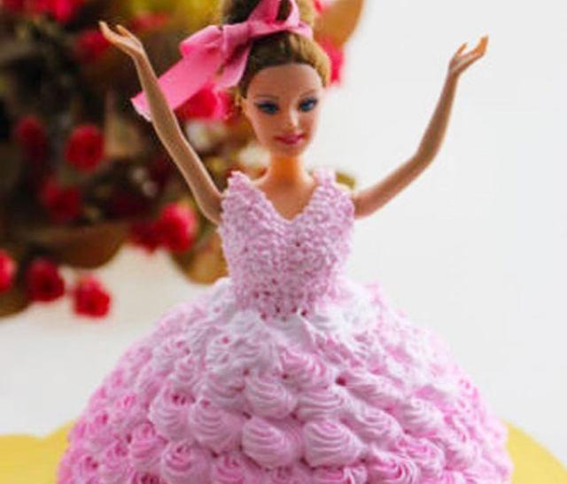 「童话般」芭比娃娃蛋糕——送你童话般的梦想