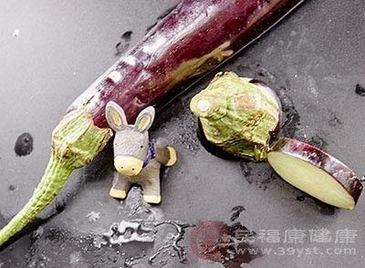 『够帮助人们』茄子的功效 经常吃这种蔬菜能够预防癌症