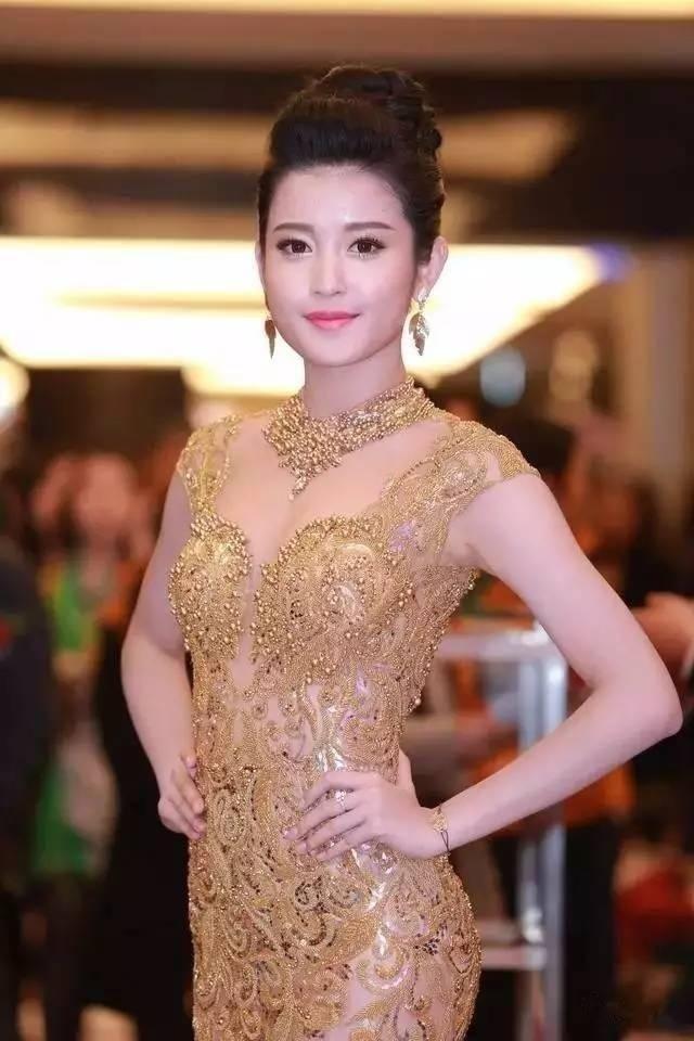 越南小姐阮陈玄眉 来看我 第20张