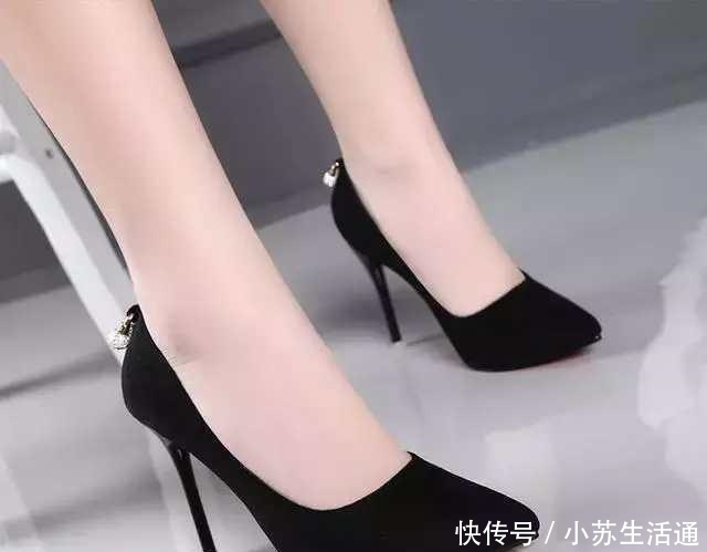 女人:穿一双与众不同的高跟鞋,最能展现女人最美的一面