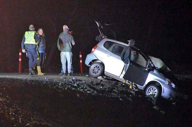 如何更安全行驶呢?老司机教你夜间走高速的驾驶技巧