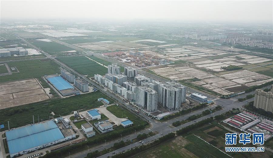 <b>【中国那些事儿】自贸试验区再扩围 外媒:彰显中国扩大开放的决心</b>