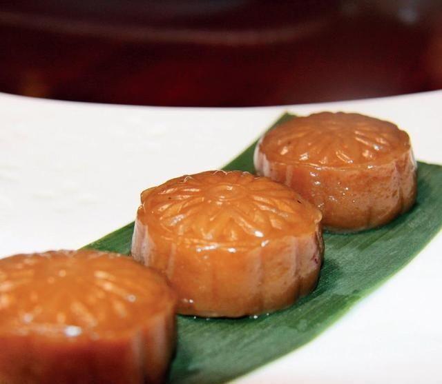 『传统』每天学一款传统小吃:核桃枣泥软糕制作