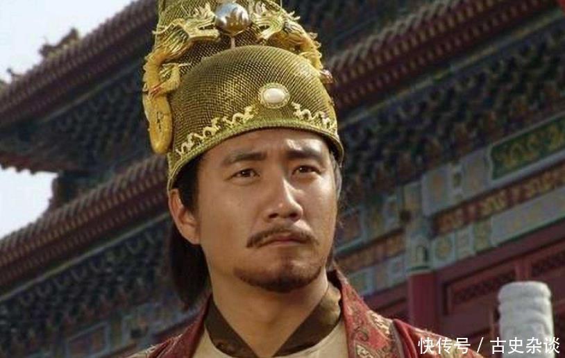 『巡察』朱元璋视出巡察寺庙时问朕要下跪拜佛祖吗方丈一句话死里逃生