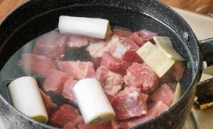 『营养』营养软嫩的番茄土豆牛腩,好吃到孩子都停不下筷子