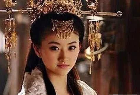 『关羽』刘禅娶张飞两个女儿为皇后,为何不娶关羽女儿?
