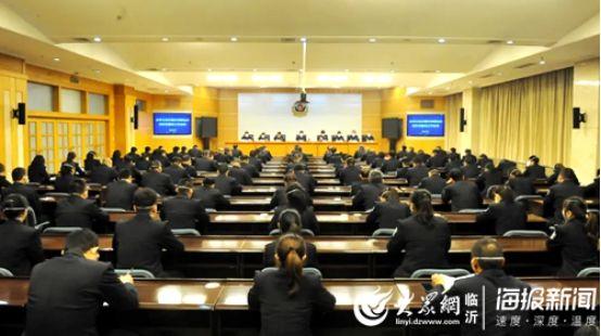 """临沂市公安交警""""五个提升工程""""助推车驾管工作及队伍建设"""