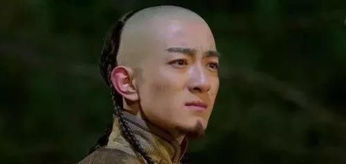 『皇帝』清朝有十二位皇帝,为何牌位只有十个?一个不被承认,一个丢了
