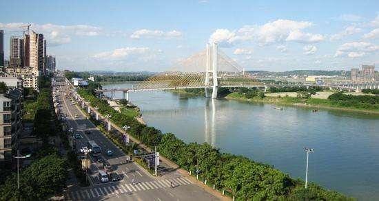 高铁时代:四川这个小城市成大赢家,两条黄金高铁在此交叉