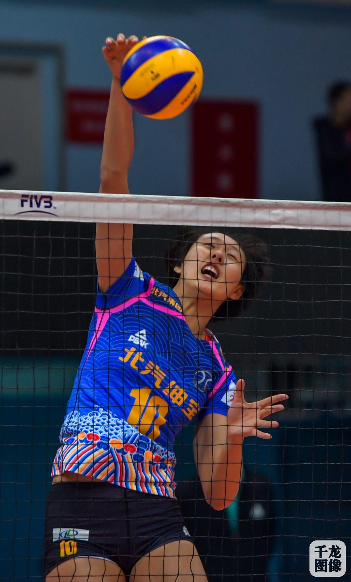 北汽女排主场3比2再胜江苏 首次单赛季主客场