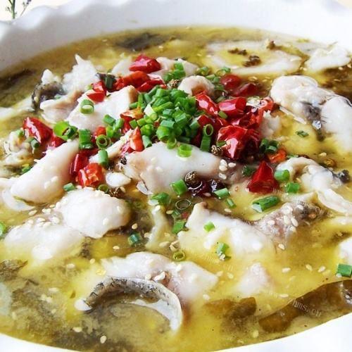 「家常菜」经典家常菜,酸菜鱼,汤鲜味美,鱼肉鲜嫩,酸辣可口