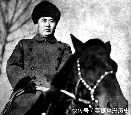 「华北」傅作义为什么能脱离阎锡山,成为华北王,这都拜一个人所赐