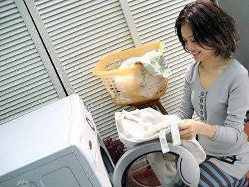 洗衣机只用不洗细菌多?老保姆教个方法,简单几步内胆干净如新
