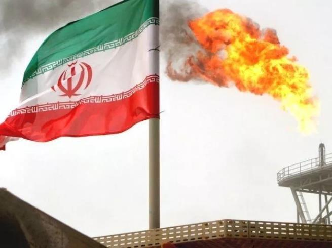 """伊朗人民把美国""""告下来了""""!法院:美国赔1300亿美元"""