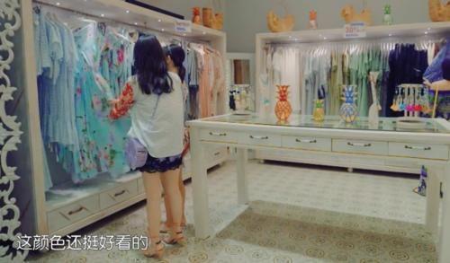 [带着妻子去旅行 谢娜]谢娜带妻子团国外购物,看清她们的购物