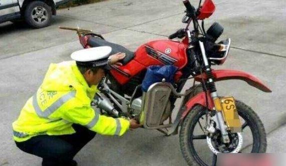 【滚动】摩托车为百姓带来那么多方便,为啥要无情封禁?专家:都为了你好