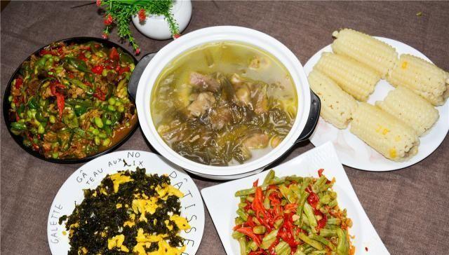 吃爽@分享一下我们家的四菜一汤,有荤有素,营养又实惠,一家人吃爽了