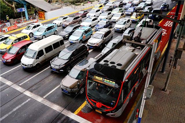 上海全市实有小客车540万,近三分之一为外牌