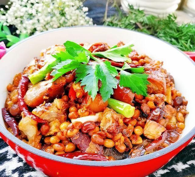 家常菜@黄豆焖猪蹄,超级下饭的家常菜