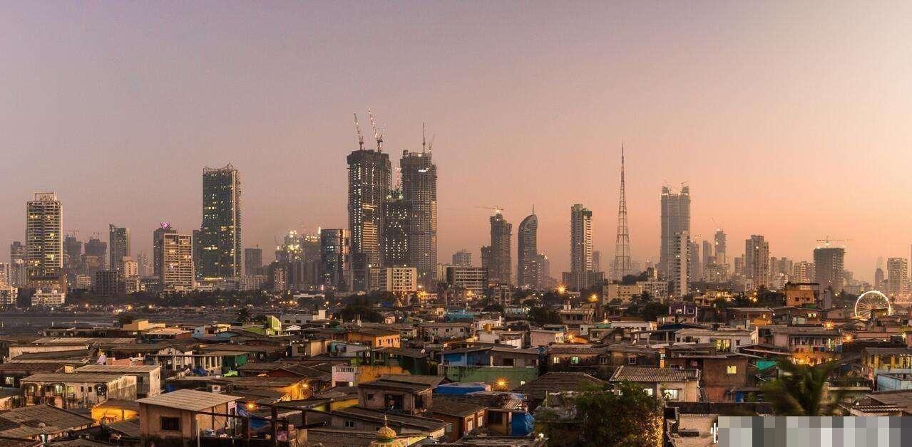 孟买GDP达2117亿美元,人口2100万,相当于中国哪个城市