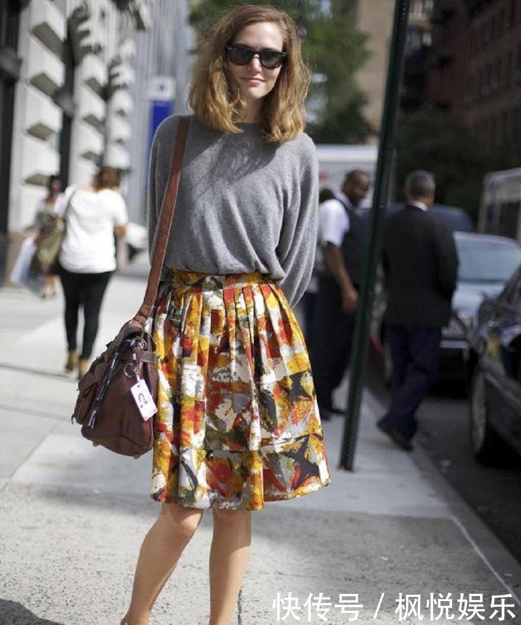 """『小腿』身高不足160的女生,这3个""""长度""""的裙子尽量别穿,会矮上加矮哦"""
