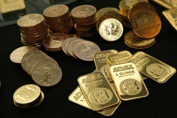 【央行】新兴市场央行大举购入黄金 高盛:因为他们不
