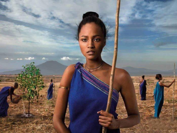 """非洲人最神奇的""""审美观"""",堪称非洲部落第一大美女现世"""