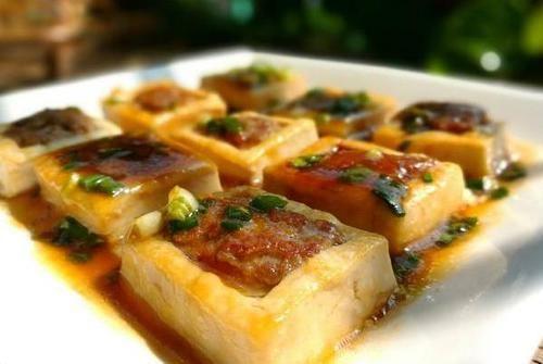 『口感』豆腐口感鲜香嫩滑,想要好吃,还是要和肉一起做,吃了赞不绝口