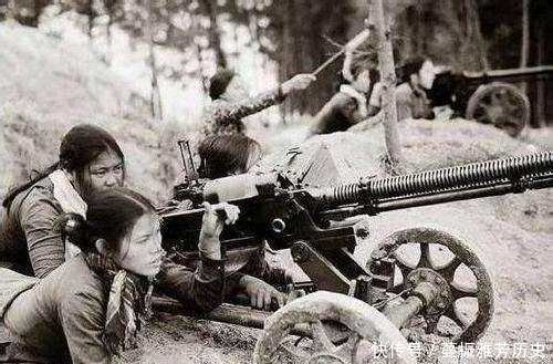 中越战争时期的越南女兵,从尸体身上搜出来的照片令人动容插图(4)