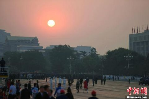 「冷空氣」北京今日最高氣溫29℃ 明晚起冷空氣將帶來降雨降溫