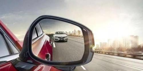新手上路,老司机告诉你这几点开车小技巧,让你开车不用慌