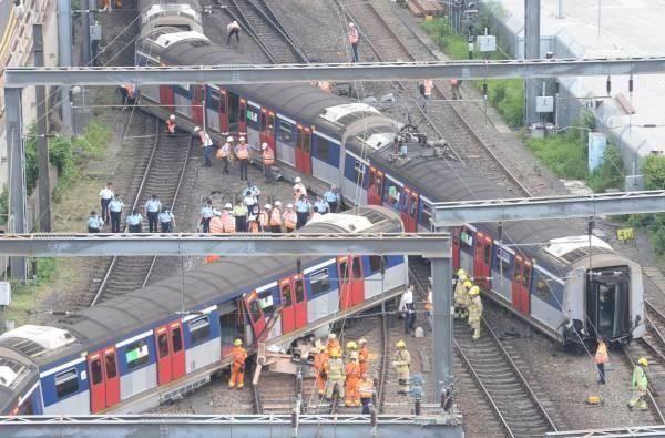 <b>港铁列车出轨致5伤,广九、京九线部分班次取消</b>