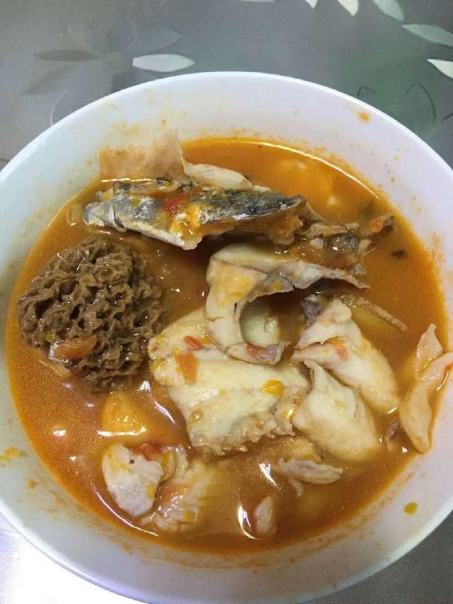立秋后,来一道羊肚菌番茄鱼汤,强身健体,男人应该多吃
