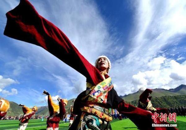 西藏那曲:因地制宜脱贫 蓄势腾飞正当时