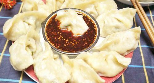 营养■做韭菜鸡蛋饺子时,多加1样食材,吃起来比肉饺子还香,营养解馋!