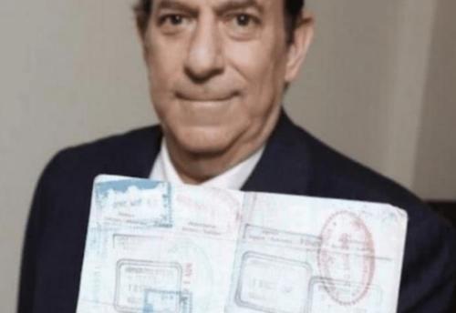 花25万购买一张无限次数机票,被航空公司嘲笑,如今笑不出来了