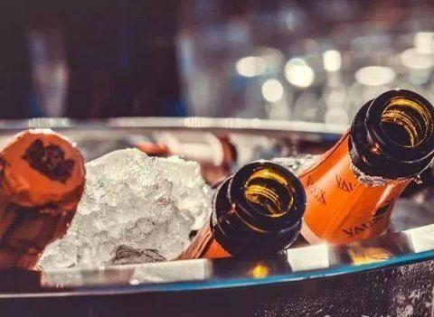 酒桌上怎么喝酒不易醉