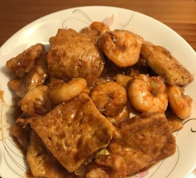 『虾仁』虾仁豆腐,营养丰富,做法简单